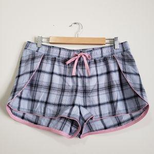 Ugg plaid loungewear pajama shorts NWOT L